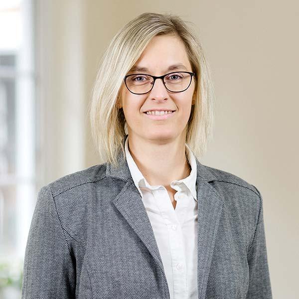 Porträt Julia Schwarzer, RR Software GmbH