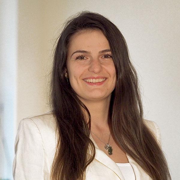 Porträt Katalin Varga, RR Software GmbH