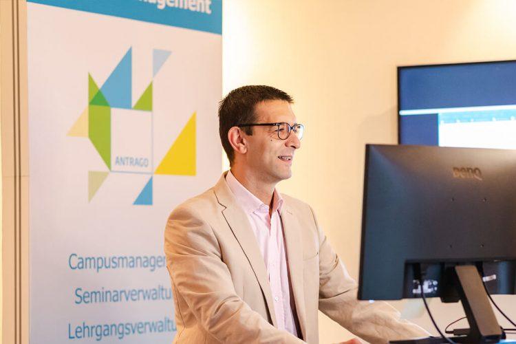 Borzu Schandermani (Kundenservice) gibt interessante Einblicke in die Abrechnung mit ANTRAGO - Digitale ANTRAGO Konferenz 2020